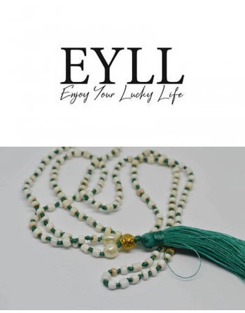 River gold necklace - green tassel